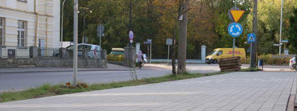 Miasto remontuje chodnik na ul. Poniatowskiego
