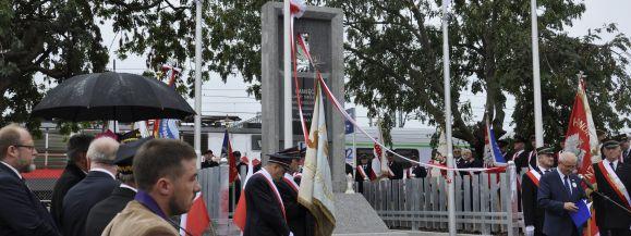 Odsłonięto Pomnik Pamięci Kolejarzy poległych na Podlasiu