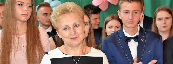 Urszula Sosnówka powołana na stanowisko dyrektora ZO w Wiśniewie