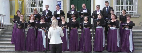 """Wspólne śpiewanie """"Ody do Radości"""" w Siedlcach (film)"""