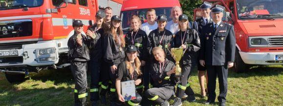 Najlepsze strażaczki w powiecie siedleckim to dziewczęta z Wiśniewa