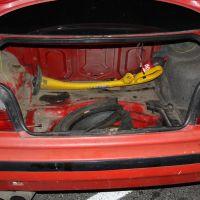 Przywłaszczył BMW wraz z podkaszarką w bagażniku