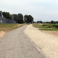 Nad zalewem nowe ścieżki dla pieszych i rowerzystów