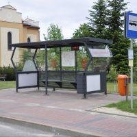 Multimedialna wiata przystankowa stanęła w Wiśniewie