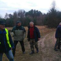 W Iganiach sprzątali las. Akcja, która pomoże oczyścić kraj z dzikich wysypisk