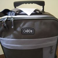 KOMUNIKAT – znaleziono walizkę podróżną.
